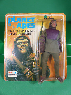 1967 Mego Planet of the Apes Galen - rare Palitoy Card - Action Figure vintage