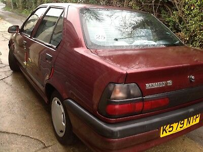 Renault 19 RT l   *** REDUCED TO CLEAR***