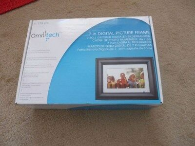 Omnitech 7 inch Digital Picture Frame with 2gb memory card