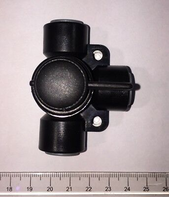 "3 Way Diverter/ Selector Valve c/w 3/8"" Push Fittings (For Use With Gas & Water)"