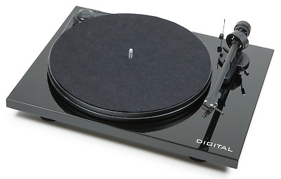 Pro-Ject Audio Essential Digital Turntable with Ortofon OM 5E Cartridge - Black