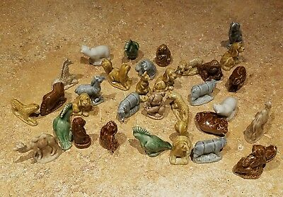 31 Lot Of Porcelain Ceramic Miniature Figurines MIX of Animals. Very nice. WADE