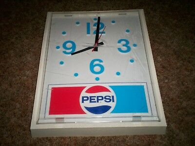 VINTAGE 1970'S  PEPSI COLA ELECTRIC WALL CLOCK For parts or restore