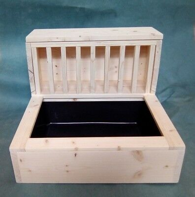 Large Kiln Dried Pine Horizontal Rabbit Hay feeder rack + litter tray included