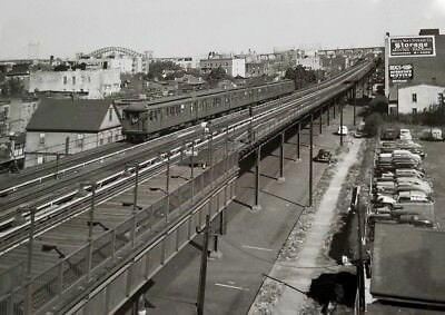 New York , Queens  Astoria , Elevated Tracks Along 31st Street in the 1940's