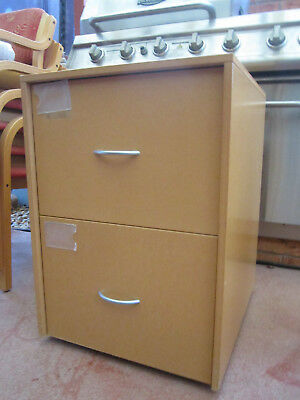 2 Draw Filing Cabinet on castors A