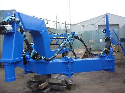 Wise 18T trailer hoist, good conditon newly blasted and painted