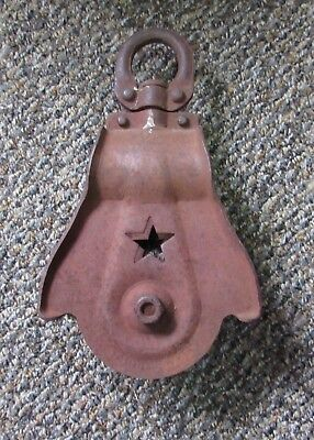 Vintage Primitive Cast Iron Wood  Starline Star Farm Barn Pulley Rusty