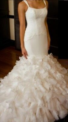 Brand New Vera Wang Georgette Mermaid Wedding Gown Size 0/6 NEW! $2750