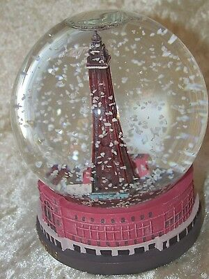 Snow Globe Dome The BlackPool Tower Waterball Collectible Famous Landmark 12CmT