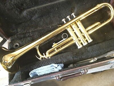 Yamaha ytr 2320 student model trumpet very nice great for Yamaha 7c trumpet mouthpiece