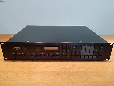 Yamaha Rev 7 Mit Controller / Feinster Vintage Hall