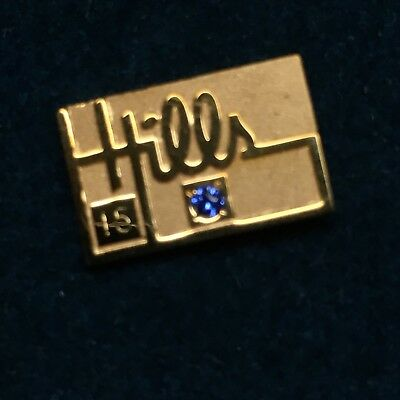 Vintage Hills department store 15yr tie tack pin