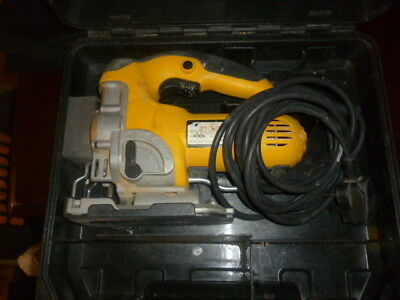 Dewalt  Heavyduty Jig Saw 240v  Model DW331K