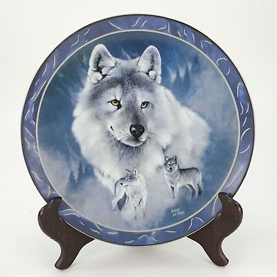 "Silver Scout Wolf Wolves 8"" Decorative Plate Bradford Eddie LePage w/ Stand"