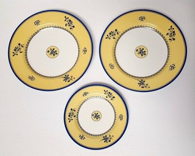 """LOT OF 3: Spode ALBANY S3670 (2) Dinner Plates 10-5/8"""" + (1) Salad Plate 7-3/4"""""""