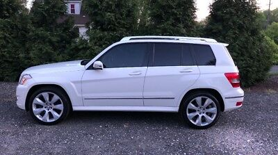 2011 Mercedes-Benz GLK-Class  GLK350 4-matic Like New 1 owner