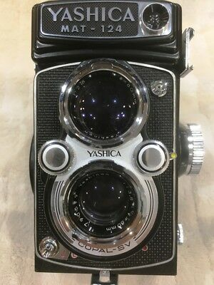 Yashica Mat-124 Twin Lens Reflect 66 W/ Wide Angle Lens & Exposure Meter - Mint