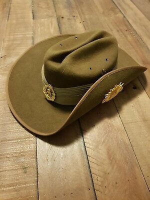 Australian slouch hat army with Skippy and Rising Sun SAS commando infantry