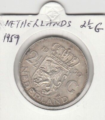 Netherlands 1959 Nice Coin 2 and a half Gulden Guilders 72% Silver. Free Post
