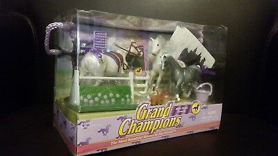 Grand Champion Mini Thoroughbred Horse Family New in Box