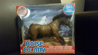 Grand Champions Horse Country Chestnut Stallion New in Box