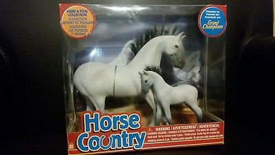 Grand Champions Horse Country Buckskin White Gray Mare & Foal New in Box