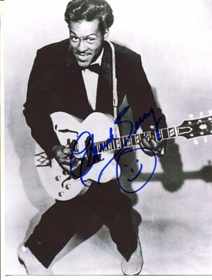 CHUCK BERRY autograph HAND SIGNED  6099