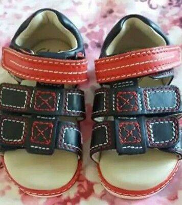 Clarks baby boy shoes size 5 1/2 F