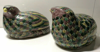Superb Pair of Antique Chinese Quail Porcelain Boxes, 19th/20th Century, China.