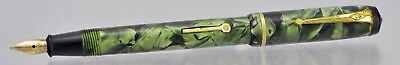Vintage CONWAY STEWART Green Marbled Dinkie 540 Fountain Pen