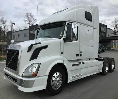 2015 VOLVO VNL 670 495,863 Miles Automatic  GUARANTEED FINANCING