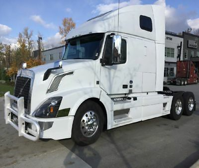 2016 VOLVO VNL 670 494,000 Miles Automatic  GUARANTEED FINANCING