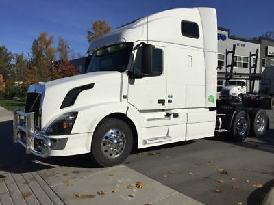 2015 VOLVO VNL 670 246,243 Miles Automatic  GUARANTEED FINANCING
