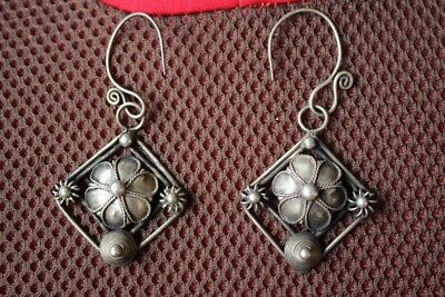 Tribal exotic chinese handmade miao silver earring EH070