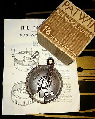 Vintage Patwin Bakelite Rug Wool Cutter with instructions New Blade