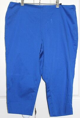 Esprit Women's Blue ¾ Pants New with Tags Size M / 16