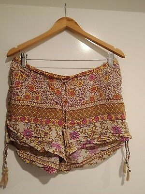 Spell and the gypsy collective BOHO Blossom Shorts size Large