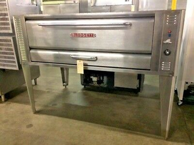 Blodgett 1060 Natural Gas Pizza Deck Oven - 85,000 BTU #12971