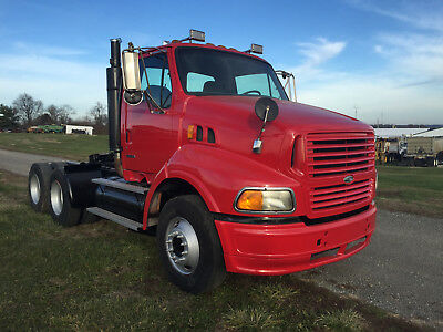2000 Sterling A9513 Daycab
