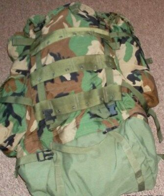 US Army Rucksack Large komplett Molle   Field Pack   Woodland   Camouflage