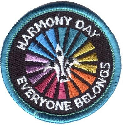 Australian Scout 'living In Harmony'  Bright Green Binding Badge