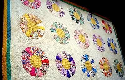 Vintage 30's 40's Dresden Plate Quilt hand quilted stitched