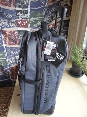 Ocean & Earth Mens Stealth Transit GTS Wheel Bag -  85 Ltr