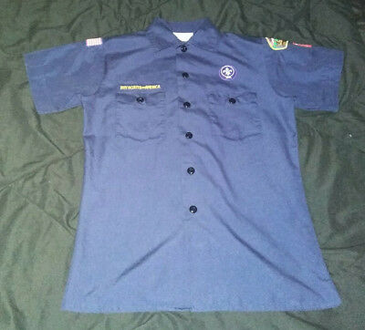 Official Boy Scout Cub Scout Shirt Blue Sz Youth Large w/ patches