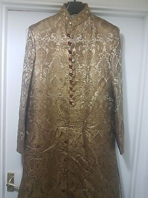 Mens Sherwani Excellent Cond. GOLD & RED Large