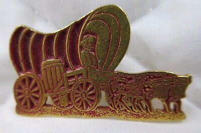 Covered Wagon Oxen Pin Oklahoma Sooners OU Goldtone Maroon NCAA