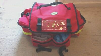 SP Services Paramedic / Ambulance Bag with Bandages and Equipment (Bag1)