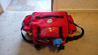 SP Services Paramedic / Ambulance Bag with Bandages and Equipment (Bag2)