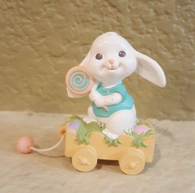 1993 Hallmark Easter NEW Bunny Painting Egg Merry Miniature Never Used QSM8115